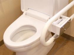 トイレでペットボトル節水はNG